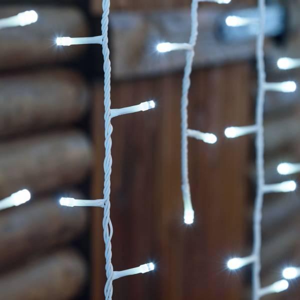 Guirlande stalactite H120cm 4 mètres effet chute de neige 480 LED 5 mm blanc froid câble blanc 230 V toiture
