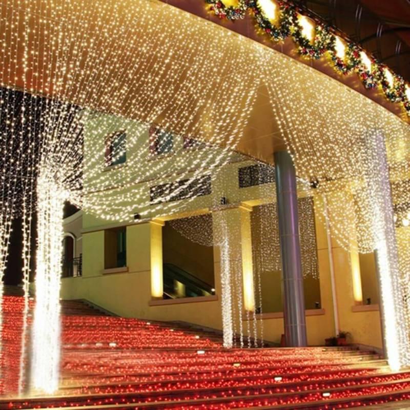 Rideaux lumineux led 10m de hauteur professionnel ext rieur for Guirlande lumineuse rideau exterieur