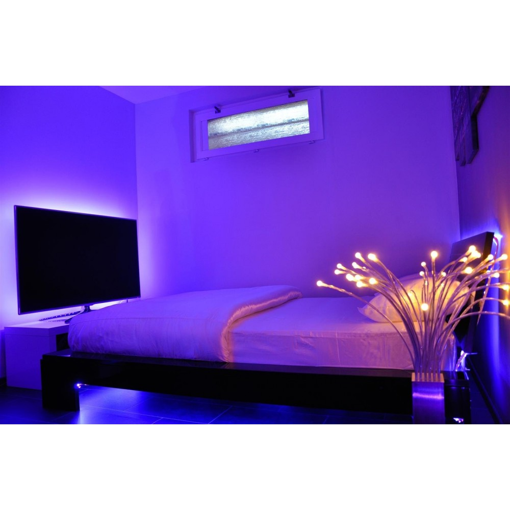 ruban lumineux led rgb 10m ext rieur professionnel t l commande. Black Bedroom Furniture Sets. Home Design Ideas