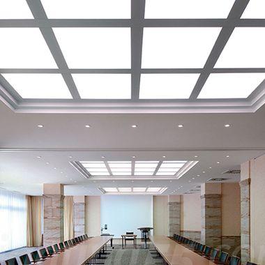 Dalles LED de plafond blanc neutre pour les salles de réunion